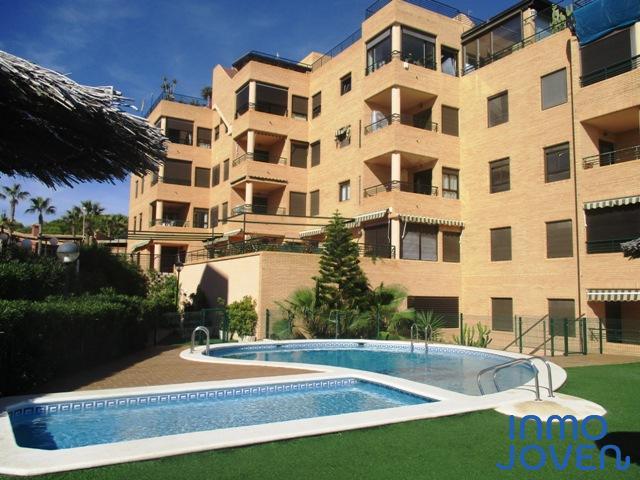 1141  Apartamento doble en Urbanización Mariola.
