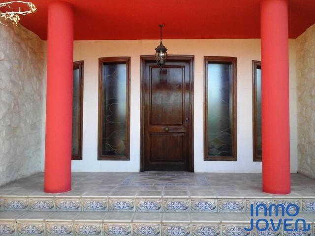 4135  Chalet en Urbanización Las Paulinas