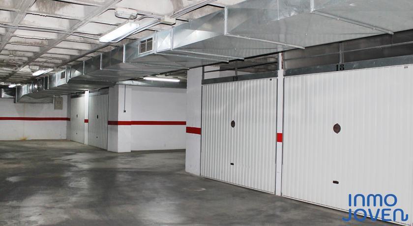 7106  Garaje cerrado en «Urbaeuropa»