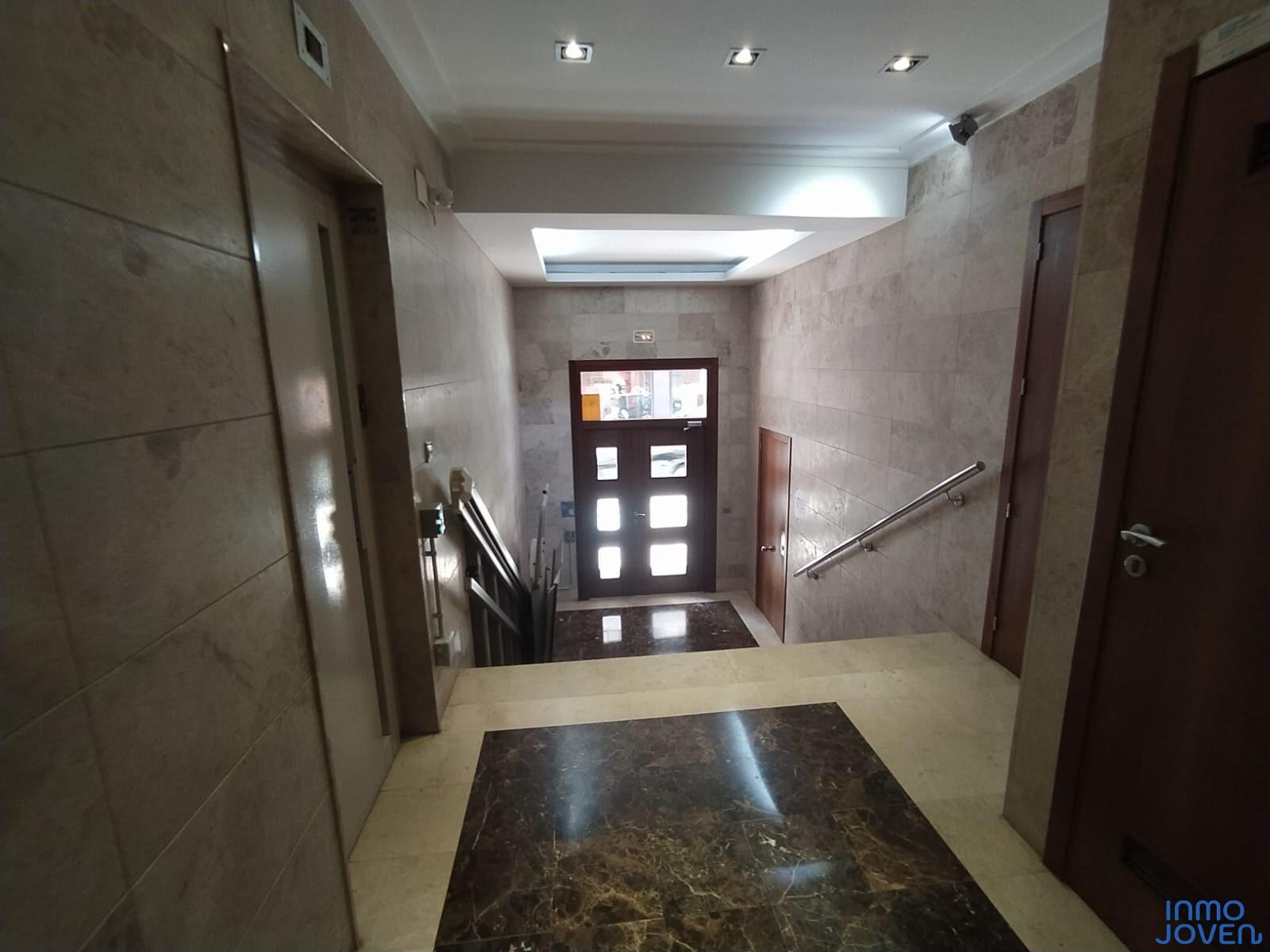 1106  Apartamento en Calle Tucumán 1º
