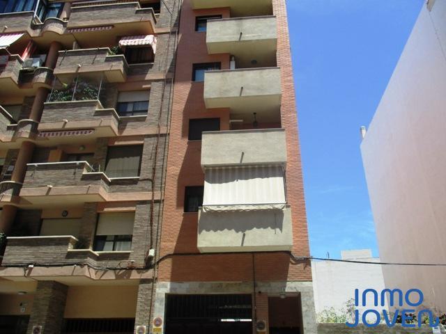 2136  Ático en Calle Samuel Riquelme