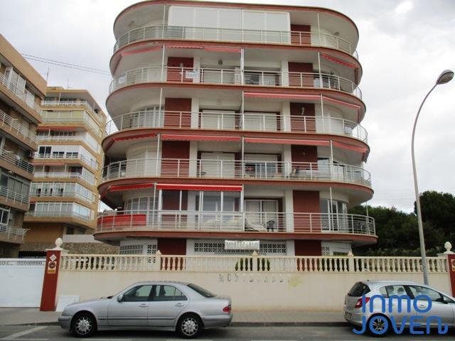 "2142  Apartamento en ""Edificio Montecarlo"" 4º"