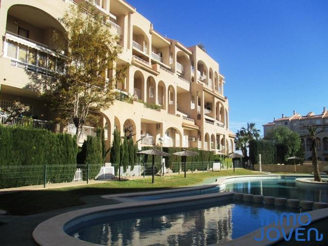 1113  Apartamento en Urbanización La Colina I