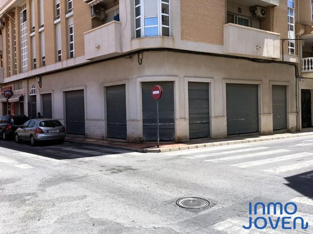 6122  Local Comercial en Campello