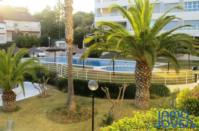 2162  Apartamento urbanización Las Perlas 1º.