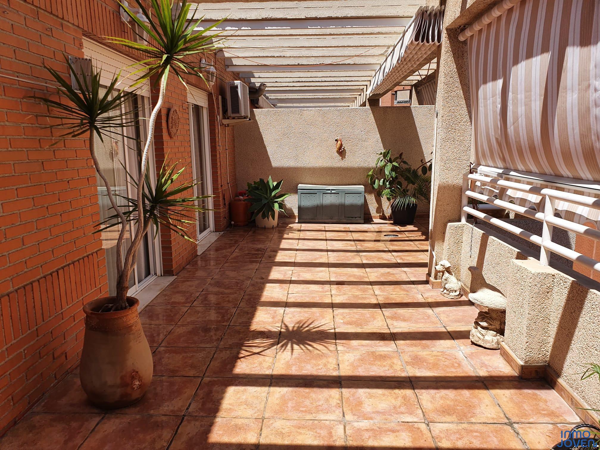 2107 Ático en Alicante