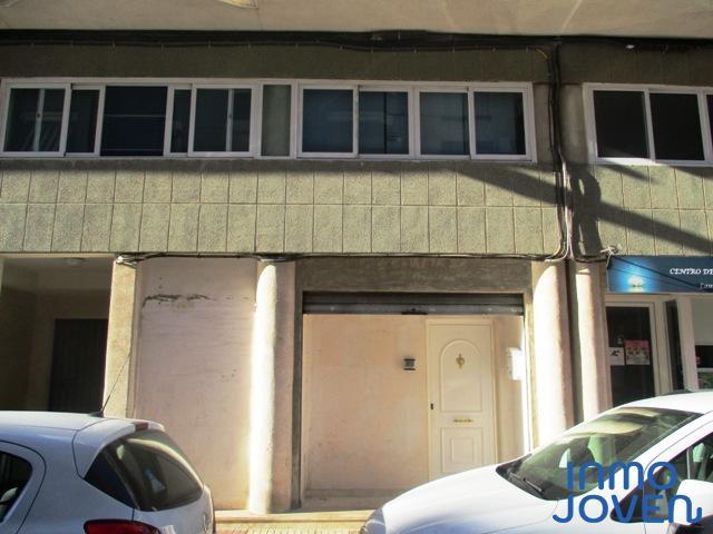 6116 Local comercial en El Campello, calle San Juan Bosco.